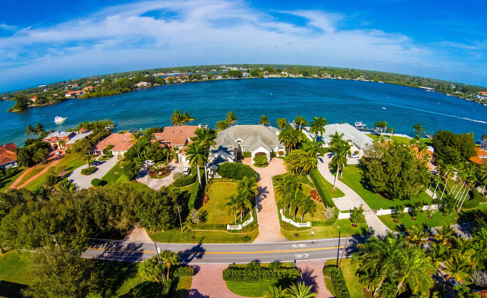 Above view of a Florida community by the water.